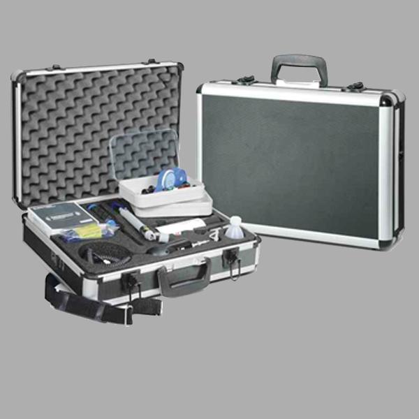 Accessoires de tests et d'entretien de la qualité des liaisons fibre optique
